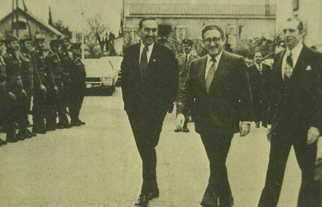 Kissinger at Riyaq base, An-Nahar, December 17, 1973, front page.